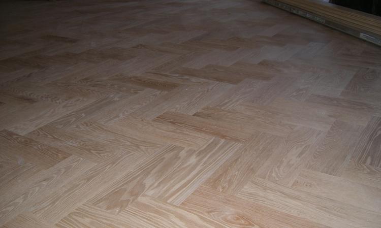 Vic 39 S Floors Columbus Oh Hardwood Flooring And Custom Tile